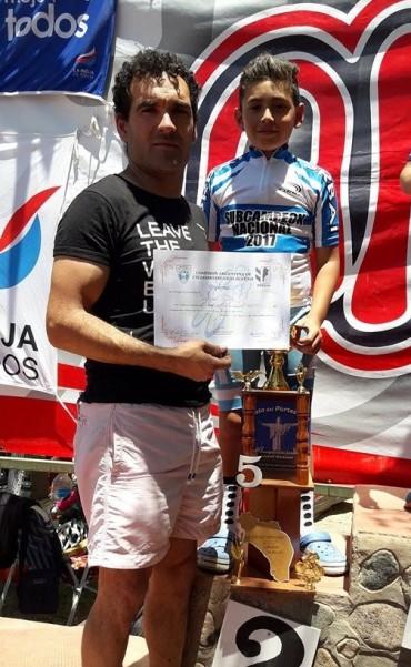 Uriel Tolosa fue subcampeón Nacional en La Rioja