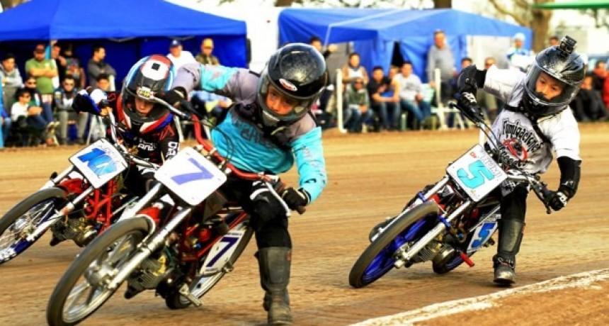 Saladillenses en la lucha por el campeonato argentino de Motociclismo