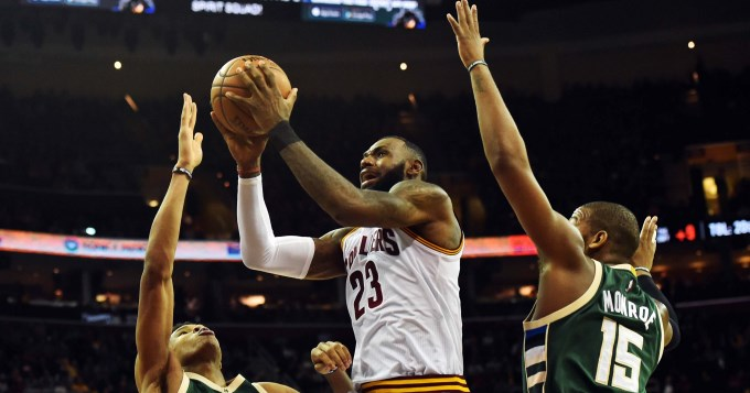 Lebron sigue haciendo historia en la NBA