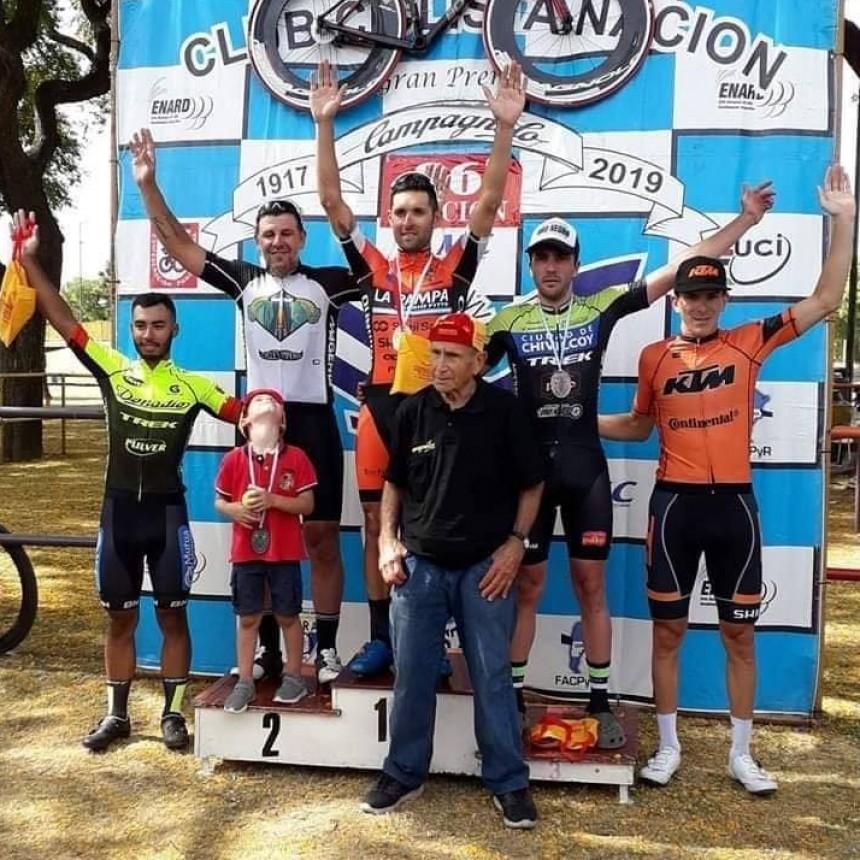 Sebastián Tolosa se quedó con el Gran Premio Campagnolo